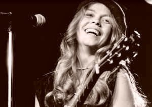 Happy birthday to Rickie Lee Jones.