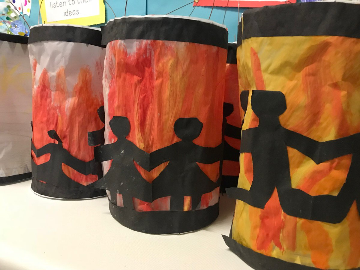 test Twitter Media - Rehearsals for the St. Martin's event tomorrow went well this morning and the lanterns are ready to go! @annetteblack6 @WDAeV #stmartin #laternenumzug https://t.co/nt6gYyz2ni