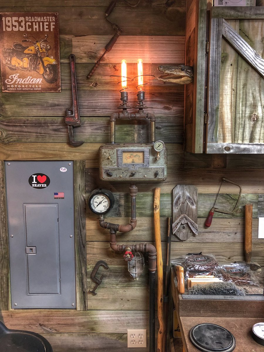 Just added the liquid filled gauge, complete but never finished! #manlamps #MADEinUSA #steampunk