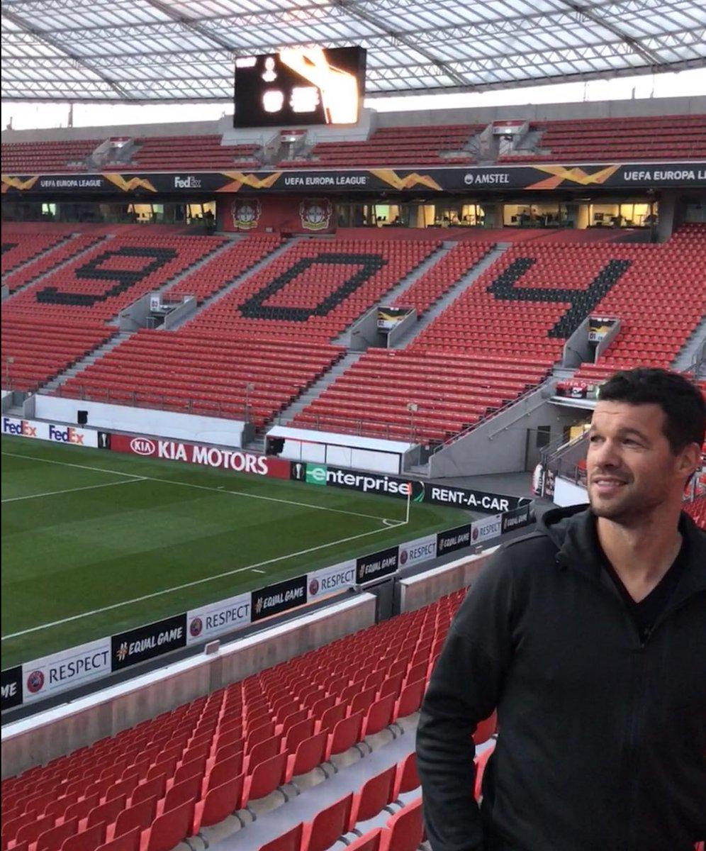 RT @Ballack: #B04FCZ #BayArena ⚽️⚽️⚽️  @bayer04fussball  @EuropaLeague https://t.co/V9yMAgwlKJ