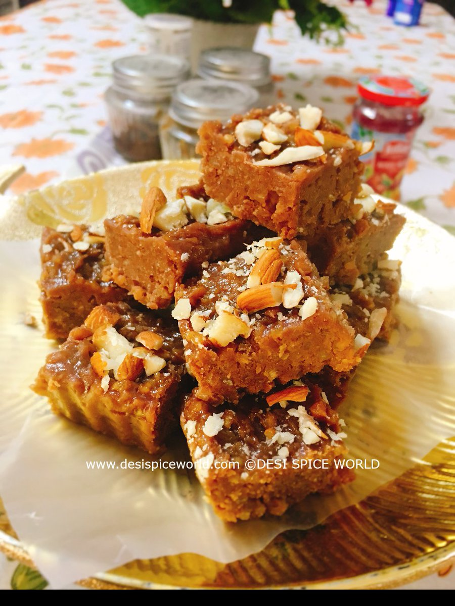 Quick Punjabi Dodha Barfi!  https://www.desispiceworld.com/cuisines/quick-punjabi-dodha-barfi/ …  #BarFi #dodha #sweets #desserts #indiansweets #foodfood #foodbloggers #foodpics #TwitterForGood #desispiceworld #Punjabi #punjabicuisine #sweettooth #Diwali2018 #Bhaidooj #easyrecipes #FestivalOfLight #traditional