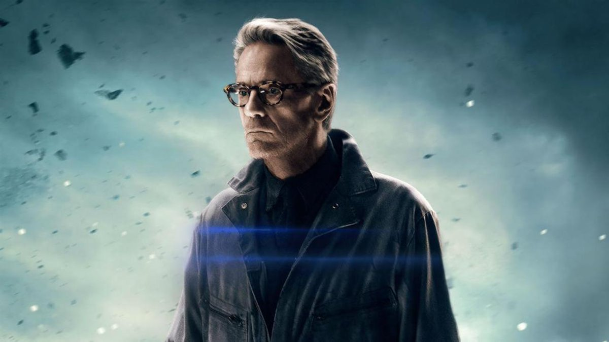 HBO's upcoming Watchmen series will reportedly see Oscar-winner Jeremy Irons play an older version of Ozymandias.    https://t.co/yweiGNFec8