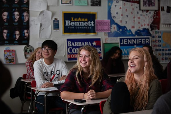 'It's like a high school girl fight.'  Talking politics with students after #ElectionDay https://t.co/q1EC9B2s3E