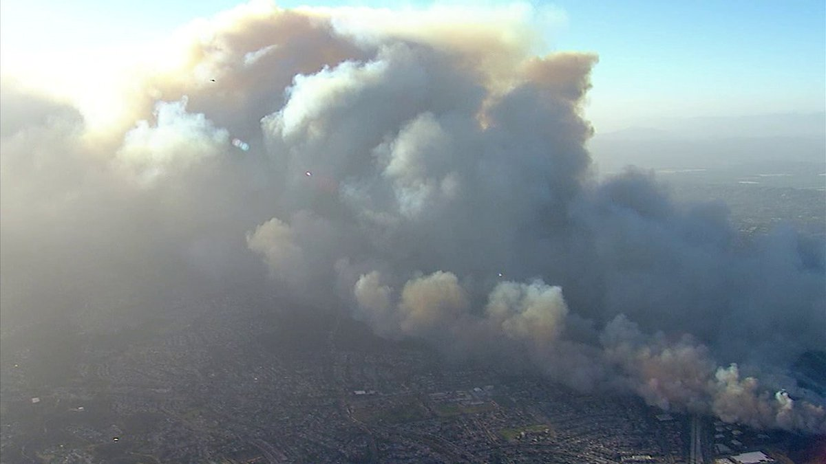 Large Fire Erupts Latest News Breaking Headlines And Top