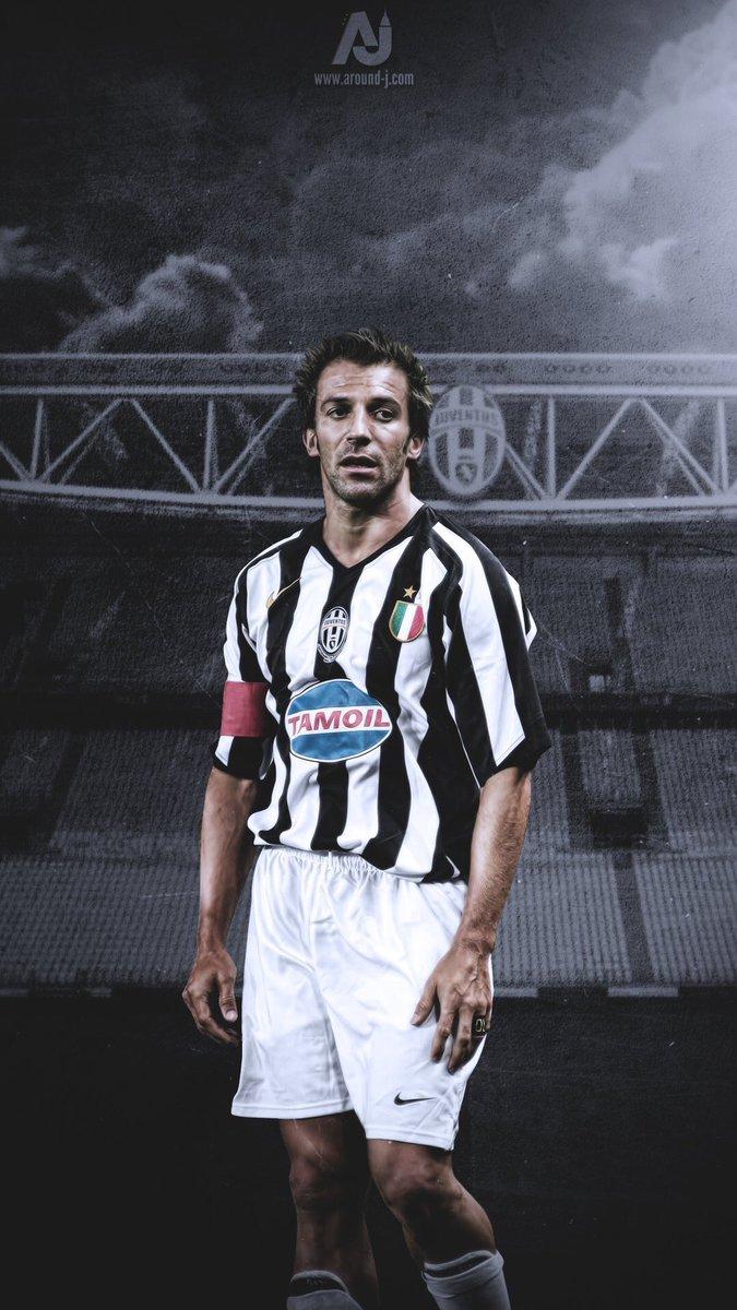 R's photo on Juventus