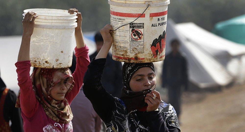 Situação no campo de refugiados de Rukban é 'horrível', diz diretor da ACNUR https://t.co/eevOV5S146