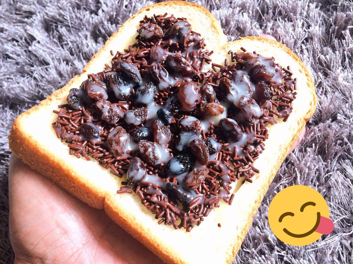 Sari Roti Double Soft + Ceres Classic + Sun Maid Raisins + Frisian Flag Gold = #Sweet #Breakfast #TGIF https://t.co/ceBVzej1XQ
