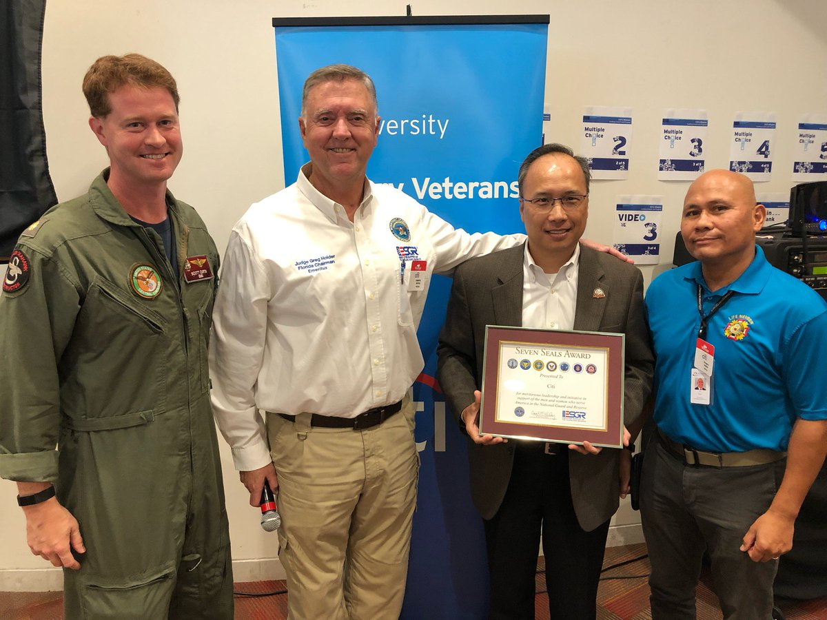 Proud day at the office! Citi Salutes Diversity Network hosted a Veteran's Day event. Judge Greg Holder presented Citi managers w/the Employer Support of the Guard and Reserve (ESGR) Patriot Award. @Citi was also honored with the Seven Seals Award. #LifeAtCiti #CitiAmbassador