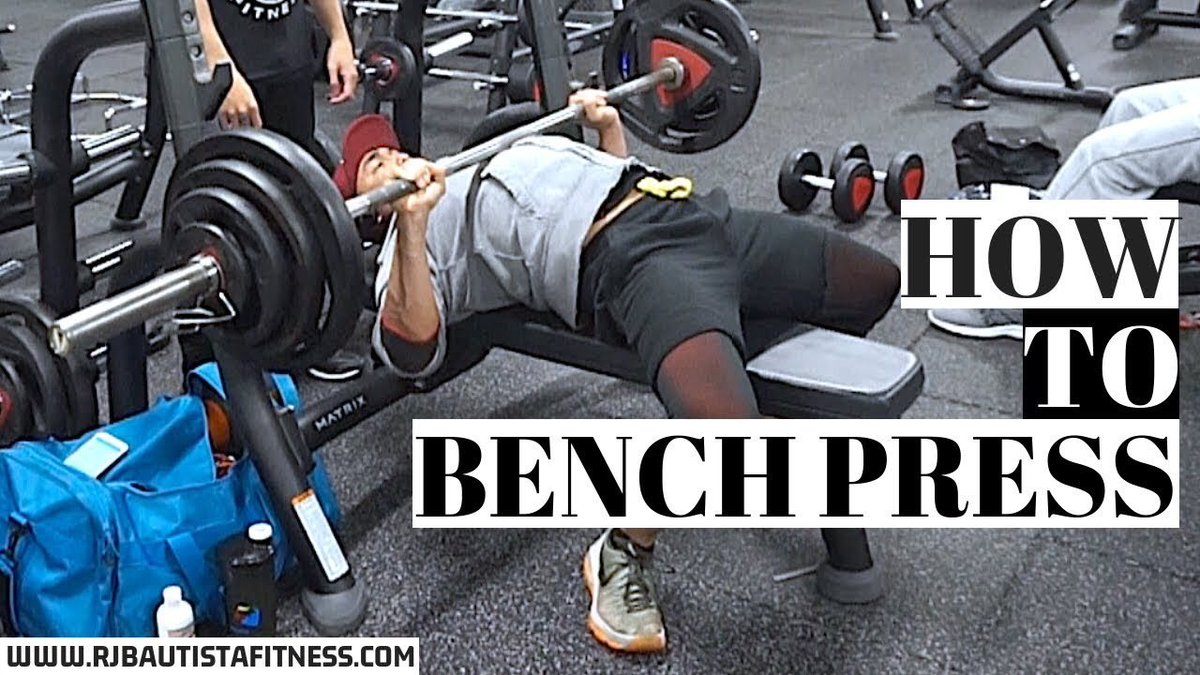 Chelsea Handlers Badass Bench Press Will Inspire You to Up Your Workout Game forecasting