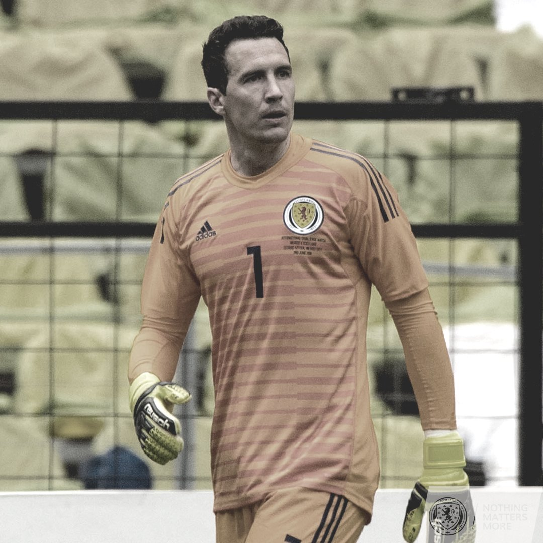 Scotland squad update:  OUT: Jon McLaughlin IN: Jamie MacDonald https://t.co/enp6OODfRN