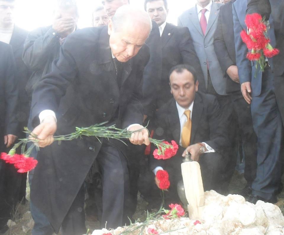 Şehidimiz Hasan Şimşek'i Şehadetinin 8. yıl dönümünde rahmet ve minnetle anıyoruz. Ruhun şâd mekanın cennet olsun. https://t.co/6wpYRoKX2M