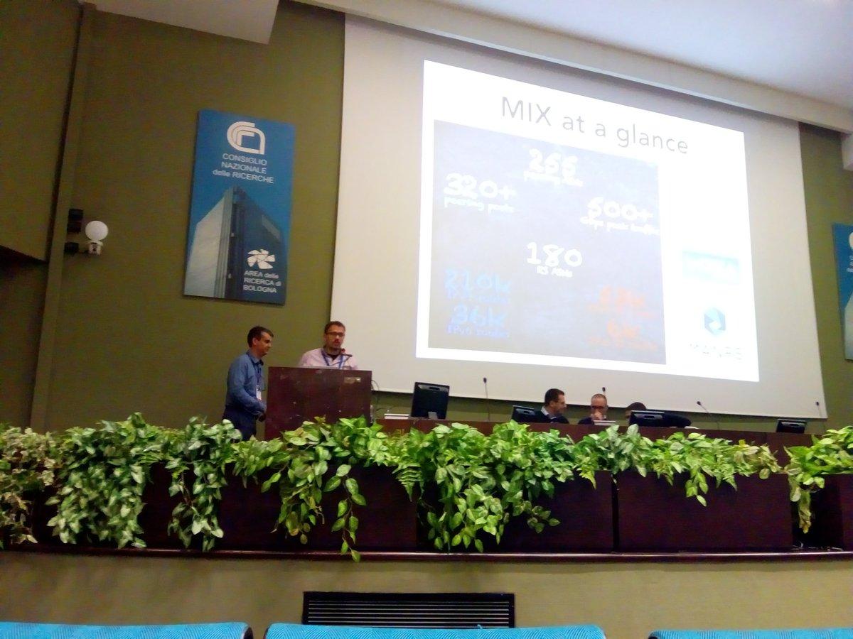 MIX_exchange photo