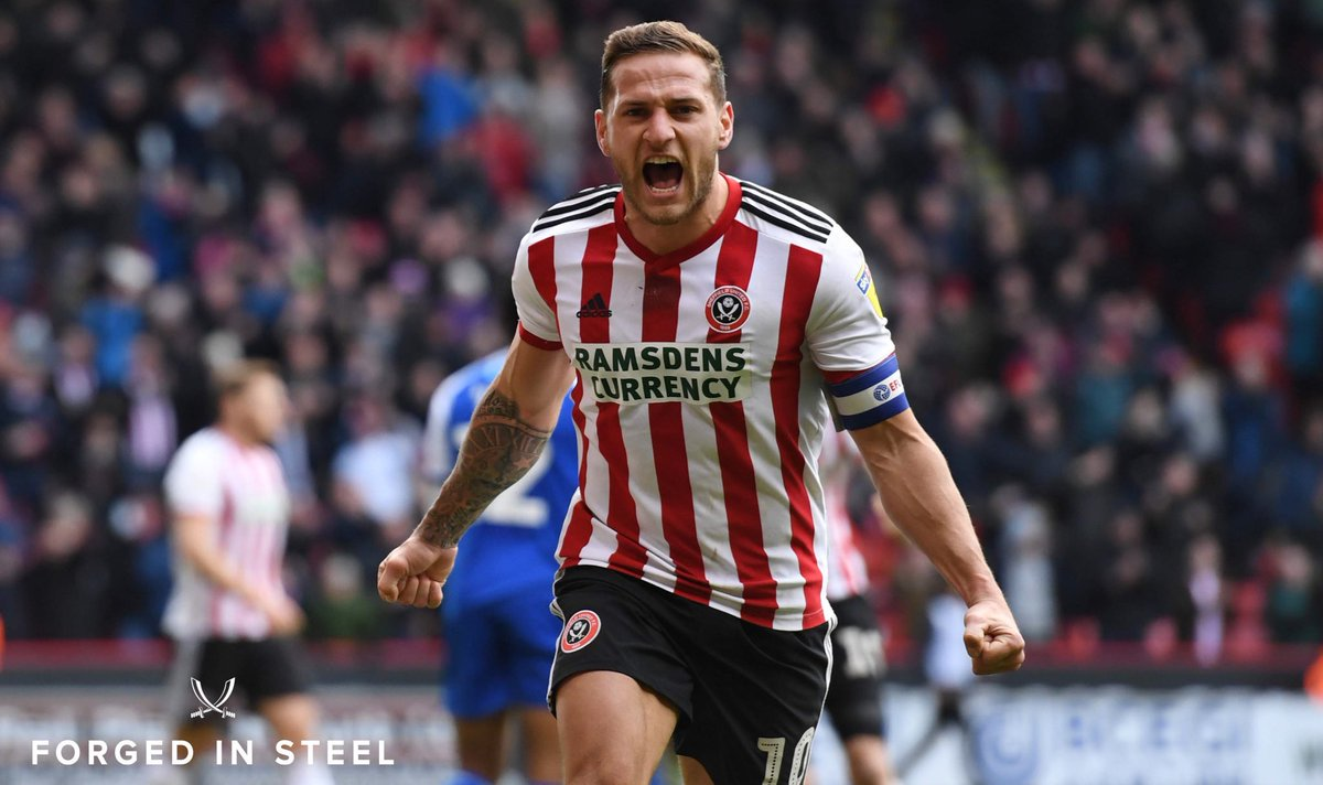 📸 Nothing quite like derby day...   COME ON UNITED ⚔️⚔️  #twitterblades #ForgedInSteel #SteelCityDerby https://t.co/l2t8U1OEbK