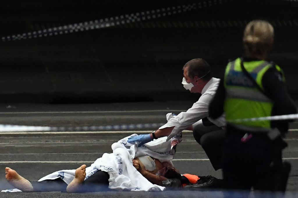 El atentado de Melbourne ha sido reivindicado por el Estado Islámico. https://t.co/YNbhVZK4uJ