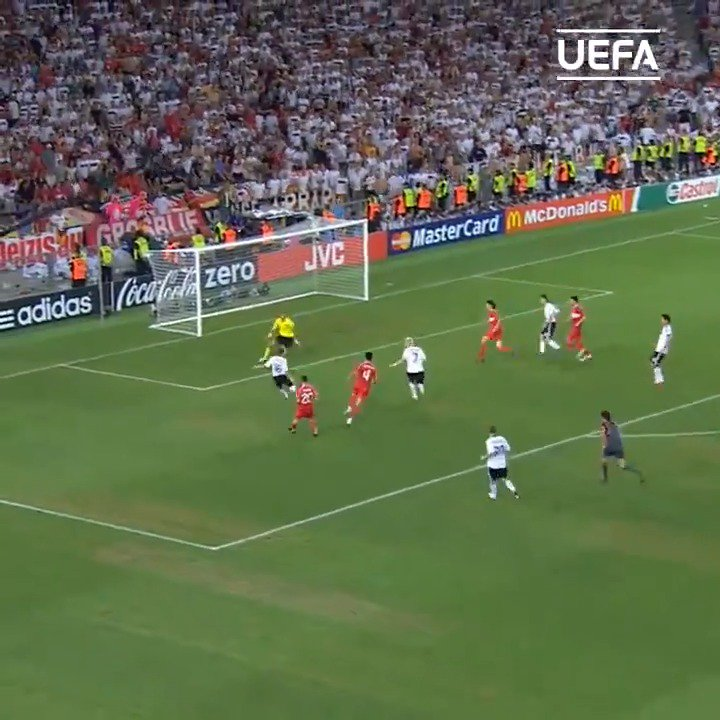 🇩🇪 Germany great Philipp Lahm is 36 today! 🥳 Which EURO was this goal? #EURO2020