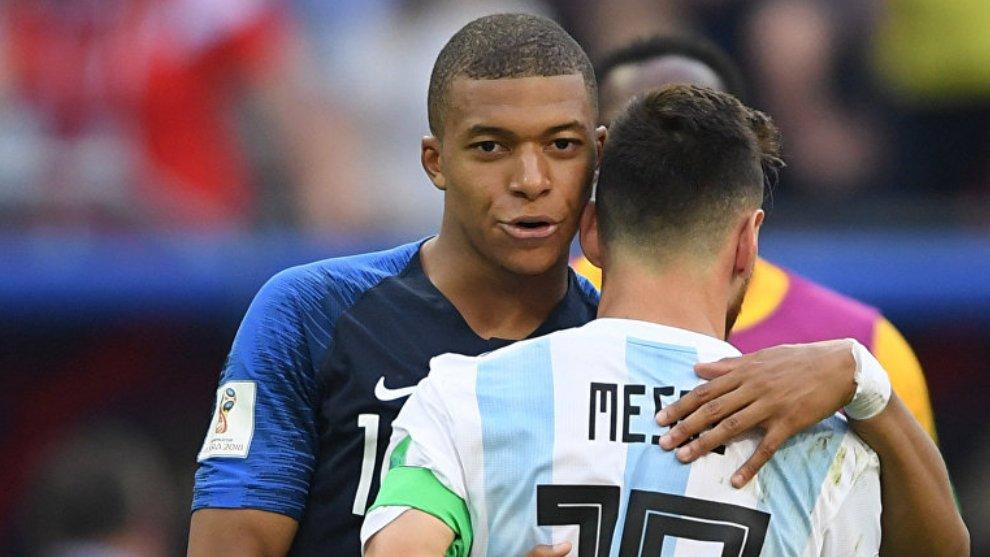 🤔 ¿Puede Mbappé  llegar al nivel de Messi?  🔄 RT -> Sí ✅ ♥️ FAV -> No ❌