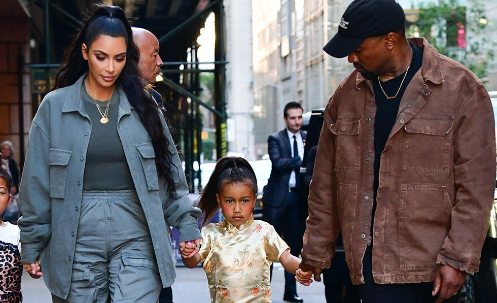 Kim Kardashian forced to evacuate her home following a wildfire >>> https://t.co/yp21SgFOZt https://t.co/qRPBWOvCDb