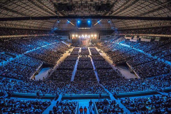 I've been to 11 cities in just as many days. Tomorrow I'll be opening the Juice Plus+ conference at the Palau Sant Jordi, in Barcelona. 7,000 people expected. Can't wait 🔥💥🙏🏽