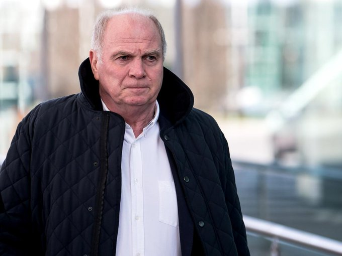 Uli Hoeneß has announced that Bayern will take legal action against Der Spiegel following their claims about the club regarding the establishment of a Super League and withdrawal from the Bundesliga and the Champions League. #FootballLeaks Foto