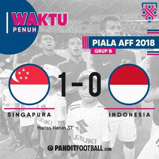 Selesai. Singapura 1-0 Indonesia. Bima Sakti gagal memberikan kemenangan di partai perdana #AFFSuzukiCup18 Masih ada tiga pertandingan sisa. #GarudaBisa Photo