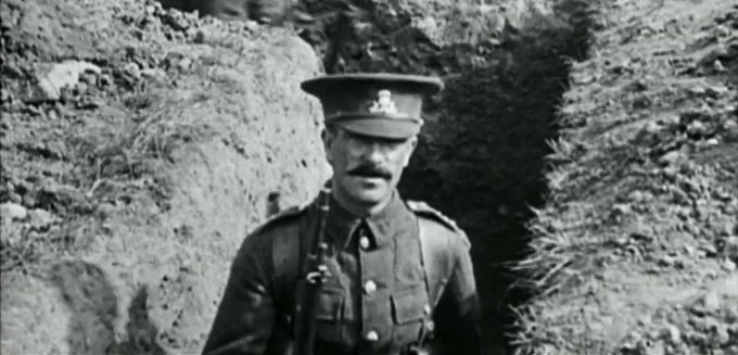 Did you know our North West Film Archive, based at @MancLibraries Central Library, has fascinating and poignant digitised footage of life on the Home Front during the First World War? #Armistice100 Find out more: Photo