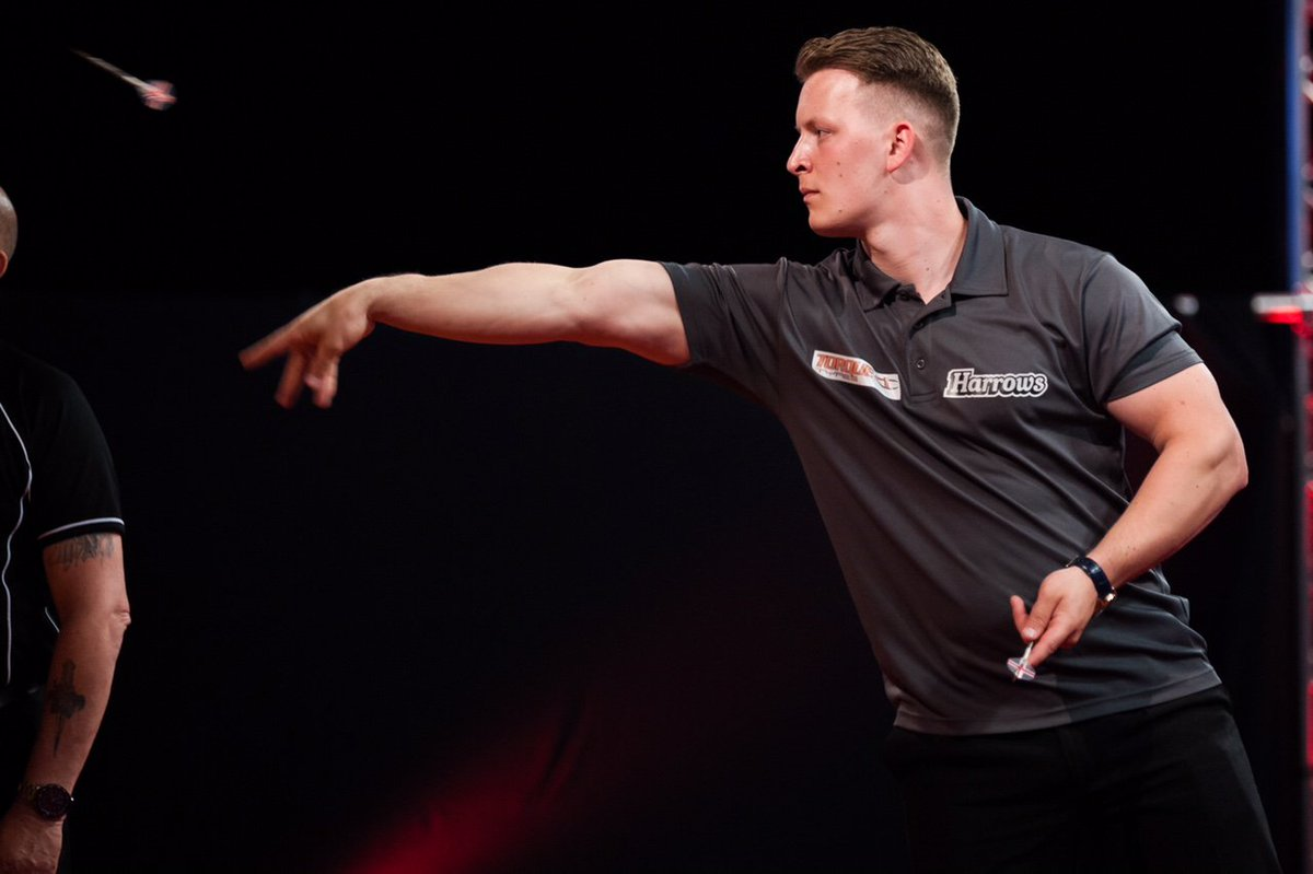 Its the start of the @OfficialPDC bwin Grand Slam of Darts tomorrow and we cant wait! Good luck to Harrows players @Joshpayne180 and @Duzza180! #GSOD18 #defylimits