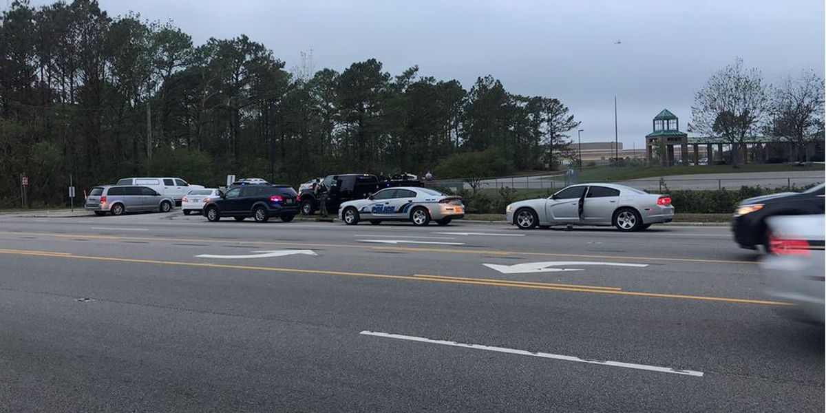 ICYMI: Officials believe malfunctioning water heater led to calls of active shooter at Topsail High >>> https://t.co/TfGXZpISte