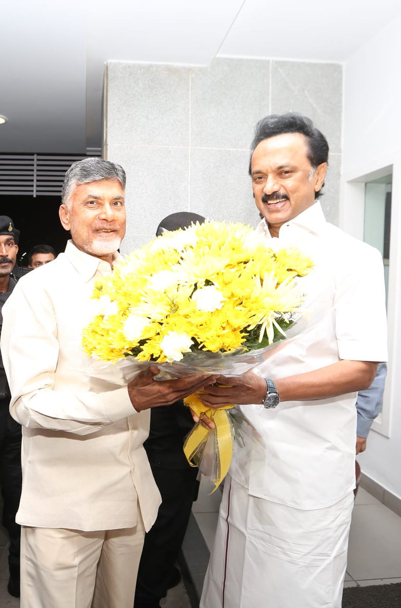 Had a great meeting with @ncbn today. I extend my full support to a grand alliance of secular forces with the single goal of overthrowing a fascist BJP that has completely destroyed the inclusive nature of our democracy.