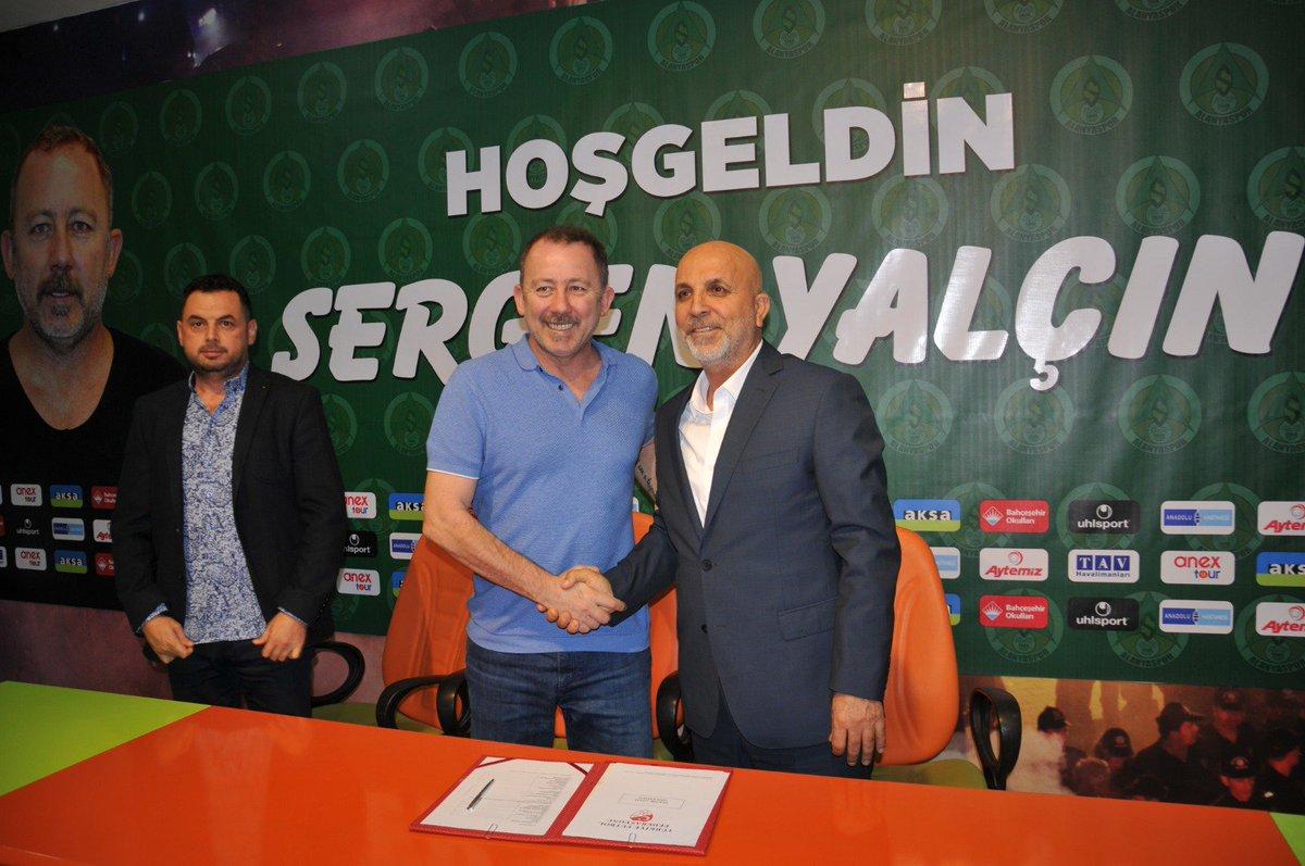 Kulübümüz, teknik direktör Sergen Yalçın ile sezon sonuna kadar sözleşme imzaladı  ➡️ https://t.co/22luw3vKxX https://t.co/FS64maJJXE