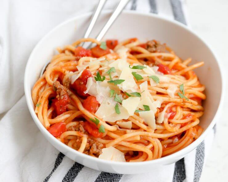 13 Easy Spaghetti Recipes for Dinner https://t.co/XQx9MPpdj9 https://t.co/w6wSYNWsrf