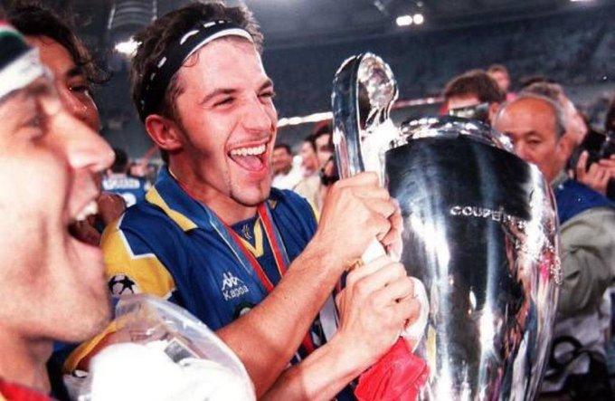 Happy Birthday to Juventus legend Alessandro Del Piero, who turns 44 today. Games: 705  Goals: 289 : 18