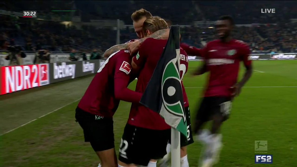 Hannover take the lead!!! 19 year-old Linton Maina scores his first career Bundesliga goal and gives the home side the lead 👏