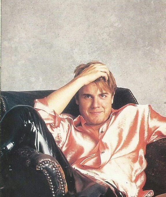 Just came across this #flashbackfriday @GaryBarlow 😜 Enjoy your evening! 😘 Photo