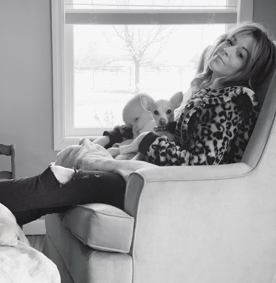 Lindsey Stirling Christmas Album.Lindsey Stirling Pa Twitter Sharing My Christmas Album