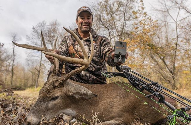 """@jaiutley with his 20 1/2"""" wide 9 point Kentucky whitetail. Congrats! #treezyn #scentblaster #deerhunting #whitetail #bowhunting #archery #bigbucks #guiltyoftreezyn #whitetailstalkerarchery #elitearchery"""