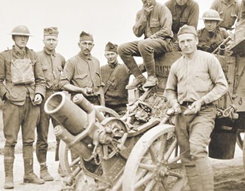J-1 #Armistice Aujourd'hui, les @USMC fêtent leur 243ème anniversaire. L'un des lieux de mémoire les plus importants pour les Marines est le Bois Belleau, dans la Marne, où ils remportèrent l'une de leurs batailles les plus héroïques, du 1er au 26 juin 1918. #11DaysToArmistice Photo