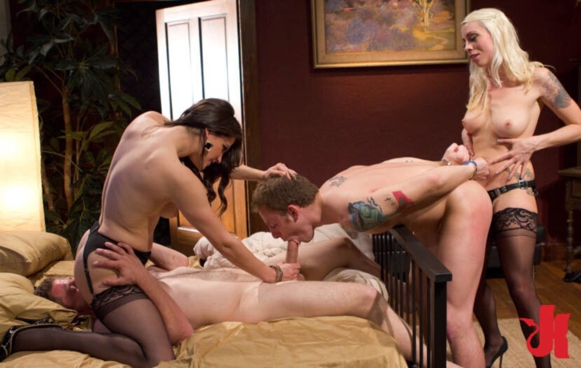 domination-bisex-couples
