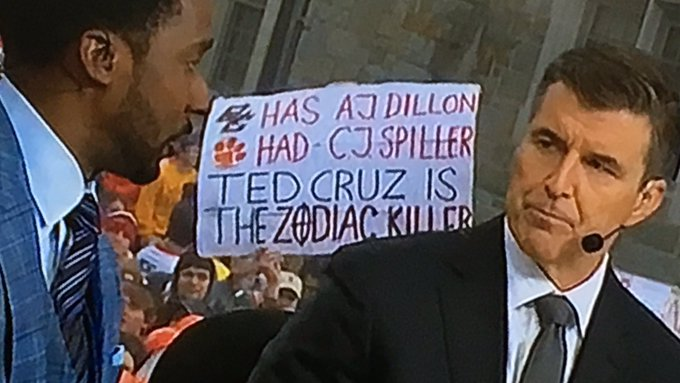 BC posted some very aspirational rules for #GameDaySigns, they didn't work out. #CLEMvsBC Photo