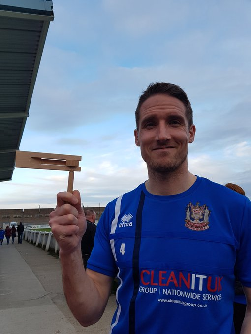@SouthShieldsFC @jonshaw101 Happy birthday jon hope you have a fantastic day and game Photo