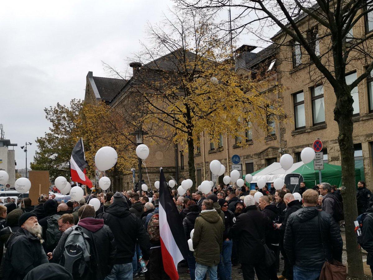 10 November: Bielefeld Hauptbahnhof, 13.00 Uhr! DrpKKBkWoAA84BB