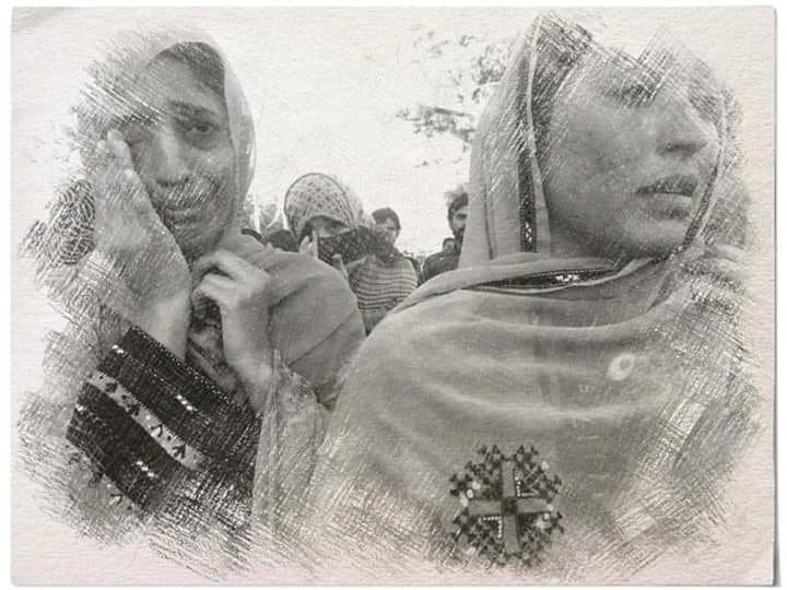 Enforced disappearances of Sindhi,Pashtun &amp; Baloch activists including Shabir Ahmed elucidate the flawed &amp; discriminatory judiciary of Pakistan whr security establishment is absolved 4m all laws.We must encounter these policies &amp; struggle unitedly 4 our rights #SaveShabirBaloch<br>http://pic.twitter.com/NlJR5DiIUw