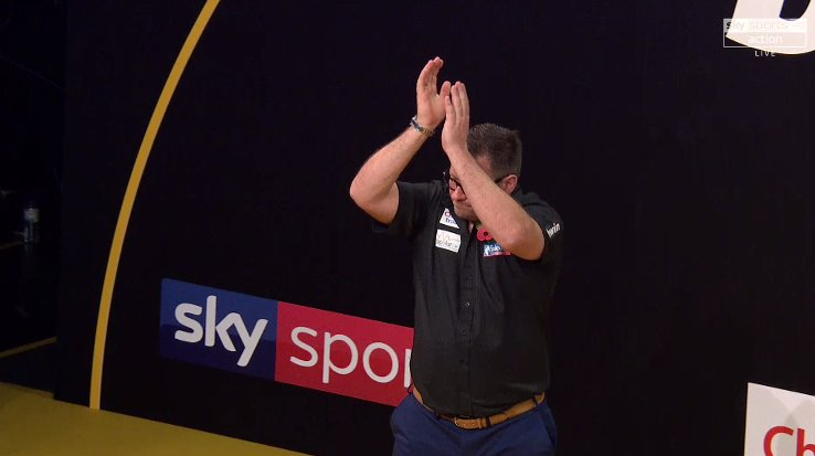 ⚙️🎯MACHINE ROLLING ⚙️🎯 @JamesWade180 racks up the first whitewash of the Grand Slam week to continue where he left off in Vienna Wade 5⃣- 0⃣ Harms ✍️ skysports.tv/rkqiYi 📺@SkySports Arena, Now