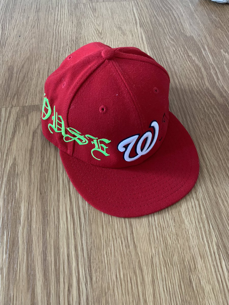 VLONE Washington Nationals Fitted Size 7 3 8  450 Shipped RT  DmndSupplyFly   Deadlaced  QuanFlix   uncletizzypic.twitter.com MT1bvoBeDw 582ba994420