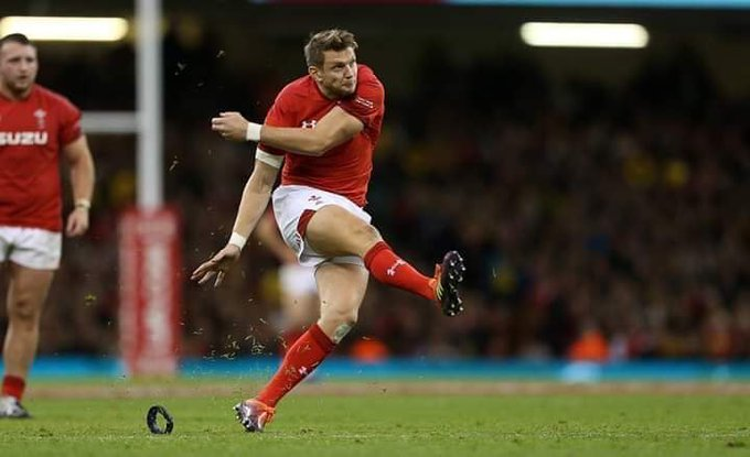 I think this is the perfect time to bring back the Biggarena! #WALvAUS Photo