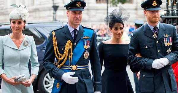 HRH Prince Harry - HRH Meghan Markle - Discussion  - Page 28 Drr5iCCWoAA9atS