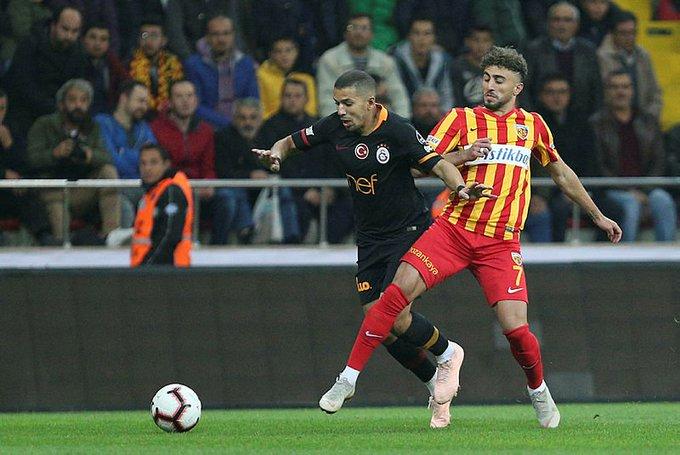 """""""Bu maç benim için çok önemli bir maçtı. Hocamın tıpkı geçen seneki gibi bana tekrar güvenmesini istediğim mesajını vermeyi amaçladım. Bunun için bugün ekstra performans gösterdim. Sofiane Feghouli - Galatasaray 💬 Fotoğraf"""