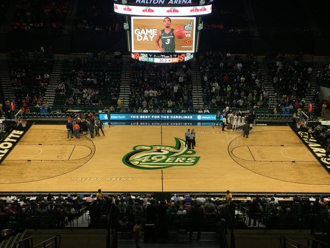 HUGE WIN for @CharlotteMBB today over Oklahoma State! Glad I could be there to witness it! Photo