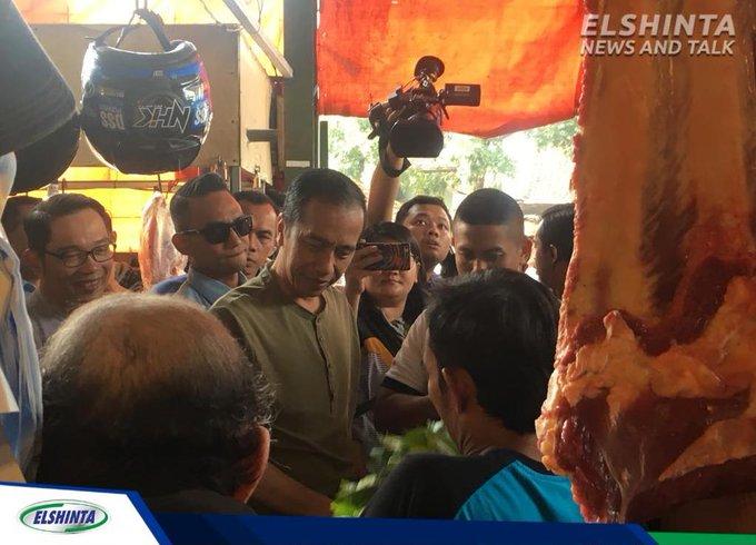 Presiden @jokowi pagi ini blusukan ke Pasar Cihaurgeulis di Jalan Surapati Bandung, Jabar. (Bai) #ElshintaWeekend Photo