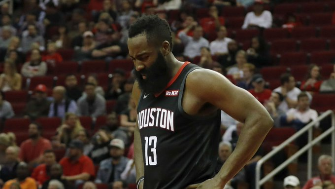 The Rockets are 4-7. Houston shot 9-of-41 from deep in a 96-89 loss to the Spurs in San Antonio: Foto