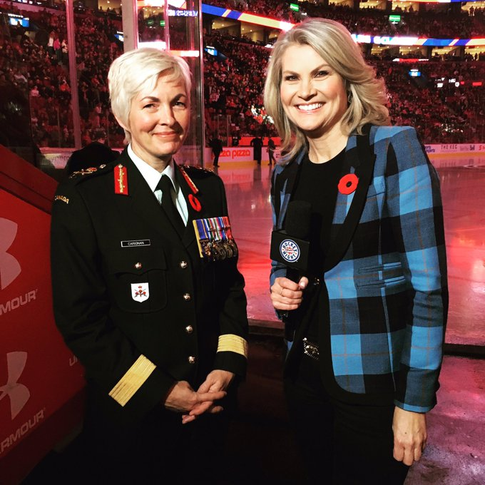 I was so honoured to interview Brigadier General Jennie Carignan tonight at the Montreal game on Military Appreciation Night. She is the 1st woman to command a combat unit in Kandahar & the 1st woman to command a Canadian land force division in Quebec. Thank you! #RemembranceDay Photo